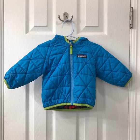d54402278 Patagonia Baby Reversible Puff-Ball jacket. M_5c30dd1203087cd992f5cd94
